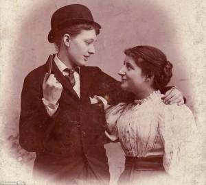 Un secolo di comunità lesbica in immagini
