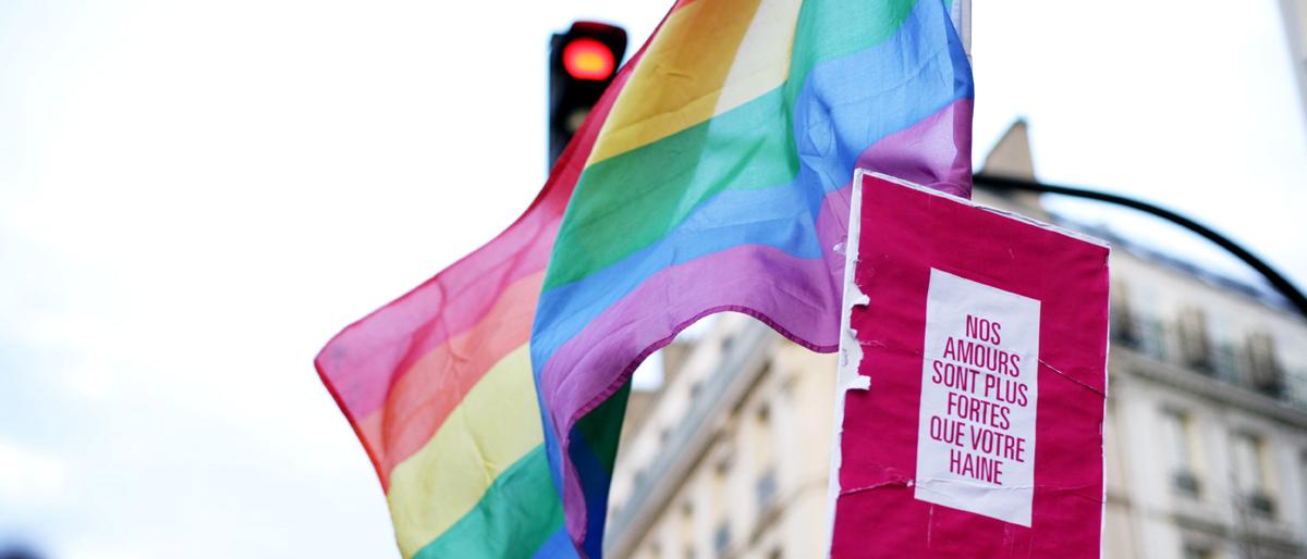 La Francia legalizza le nozze gay