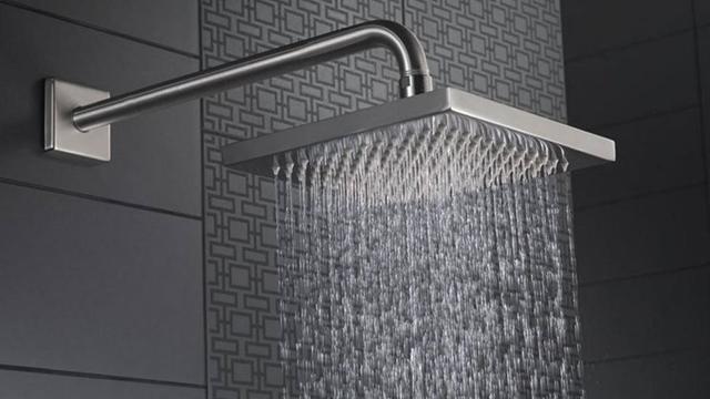 La colonna doccia e il soffione per box doccia: come sceglierli