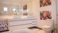 Come scegliere rivestimento bagno